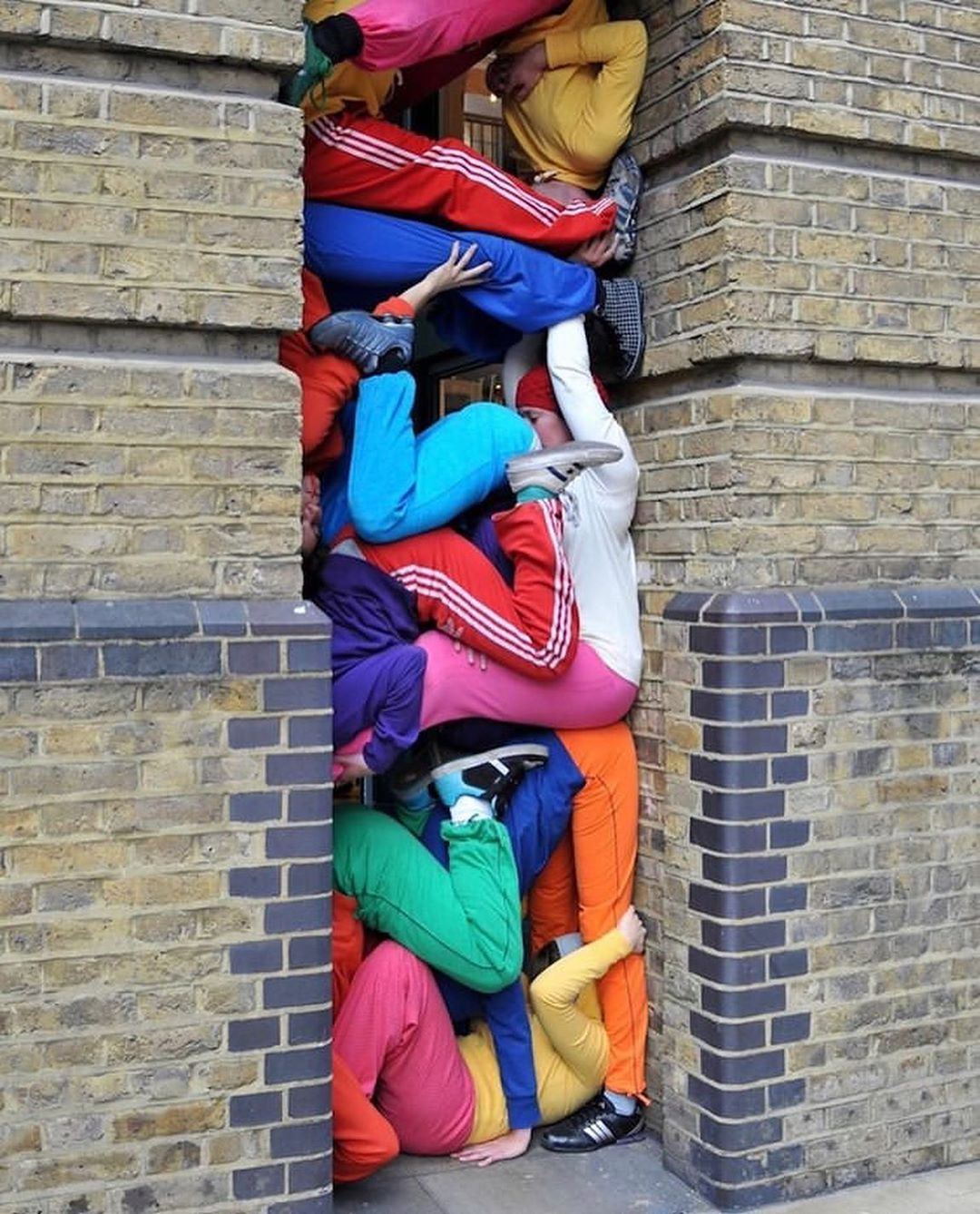 Bodies in urban spaces, a series by Willi Dorner